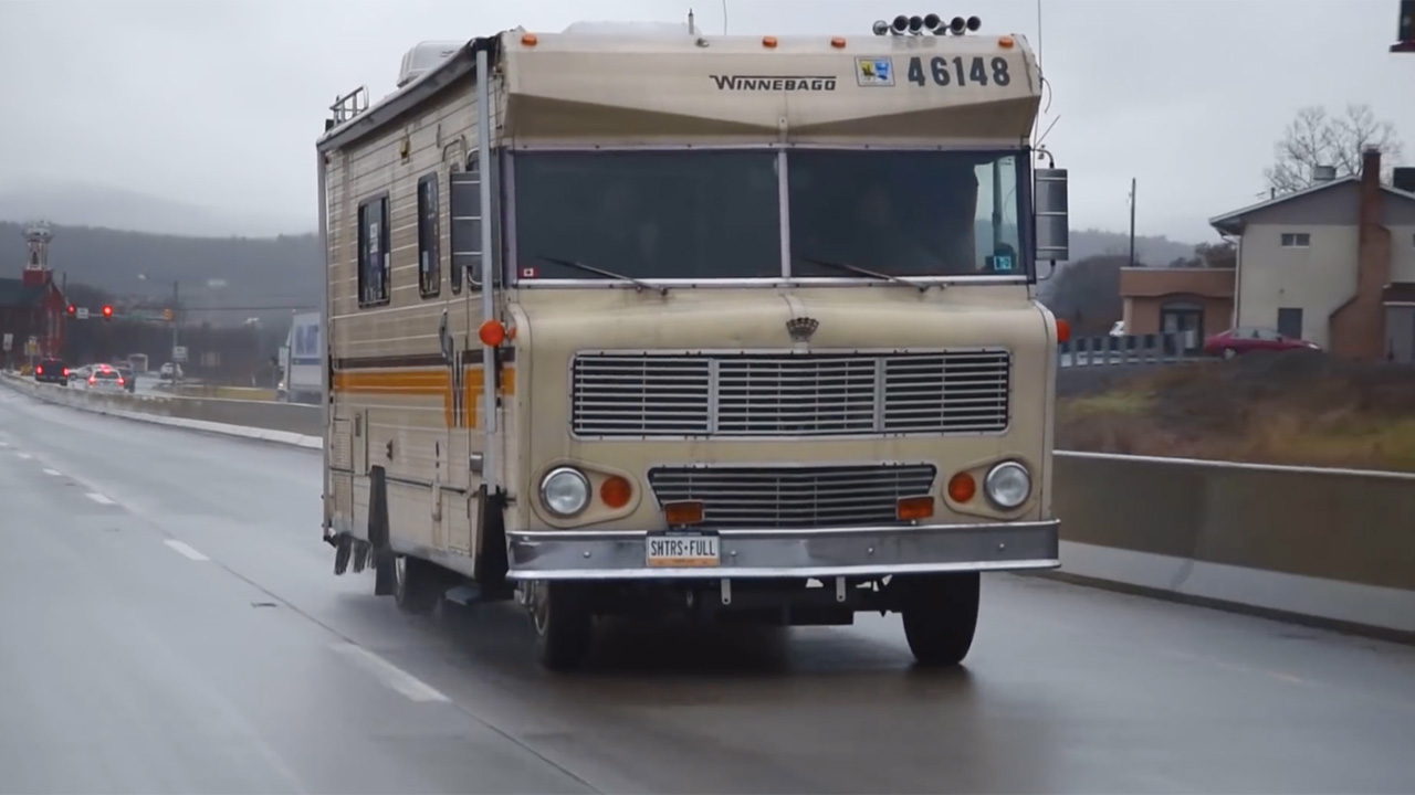 Mr  Regular Reviews a 1976 Winnebago with a Turbo LSx V8