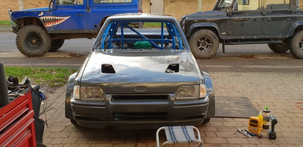 Ford Escort Mk4 with a turbo M54 inline-six