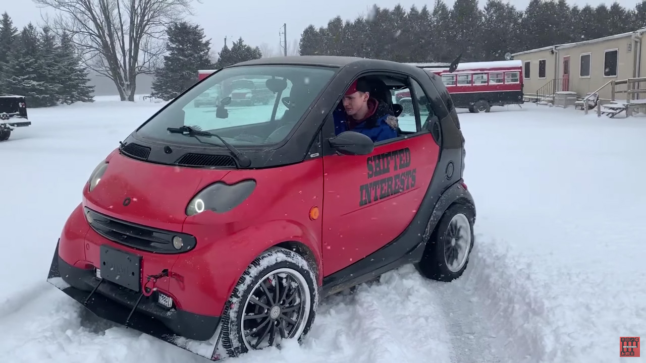 Smart Fortwo with a Yamaha FZS1000 inline-four