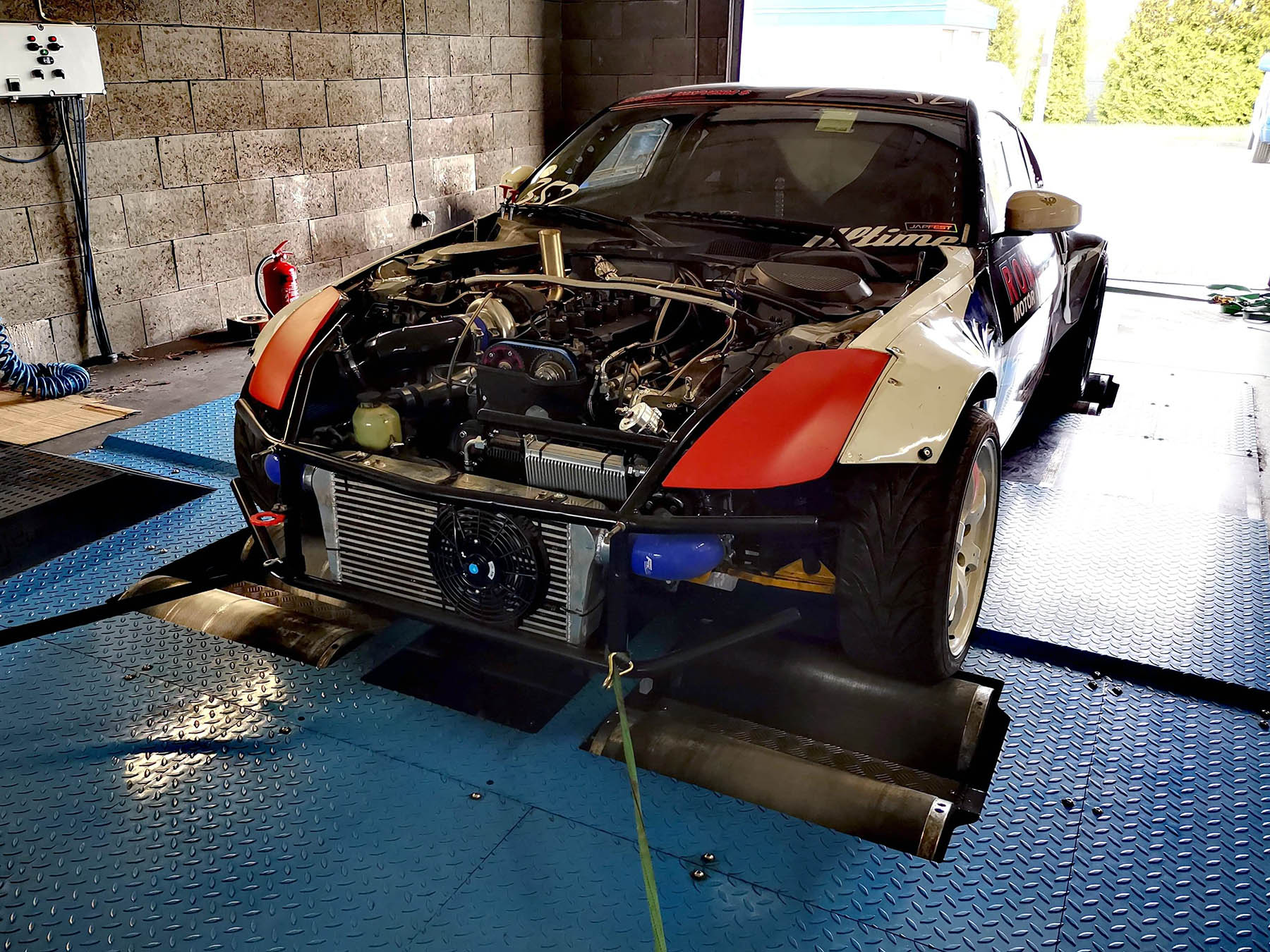 Nissan 350Z with a 2JZ-GTE Makes 700+ hp on Dyno – Engine Swap Depot