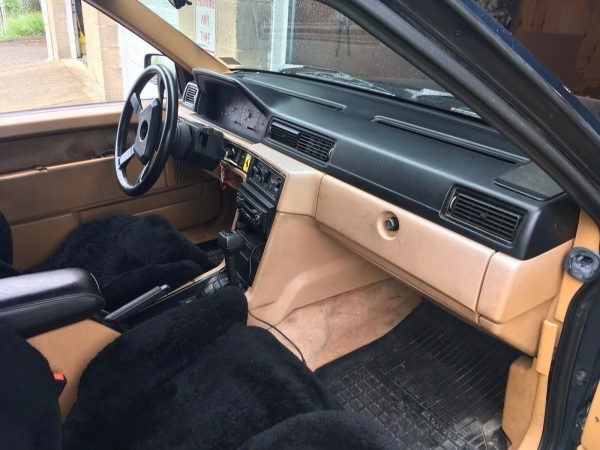 1991 Volvo 740 with a Ford 5.0 V8
