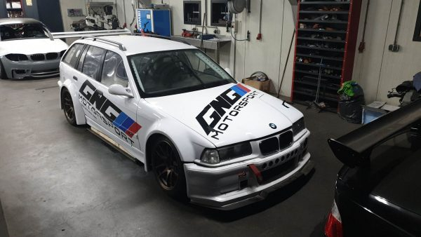 BMW E36 wagon with a S54 inline-six
