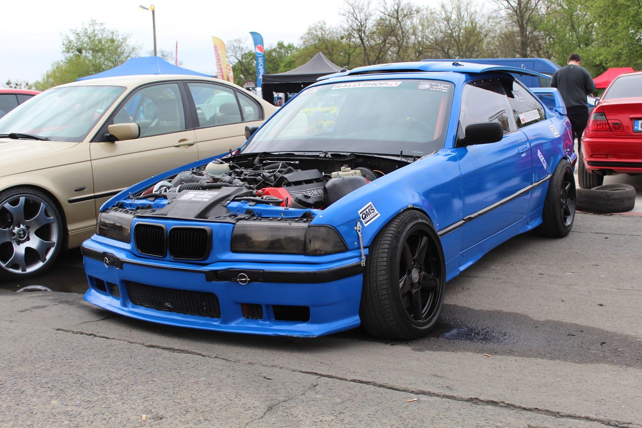 BMW E36 with a M62 V8 – Engine Swap Depot