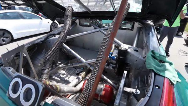 Sasha Anis Nissan 350Z with a 4.2 L VQ35 V6