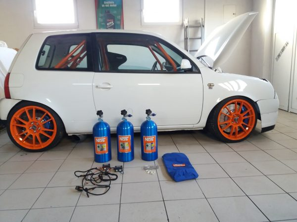 VW Lupo with two VR6 engines