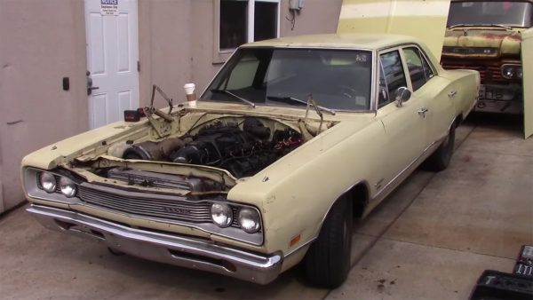 1969 Coronet with a turbo Hellcat V8