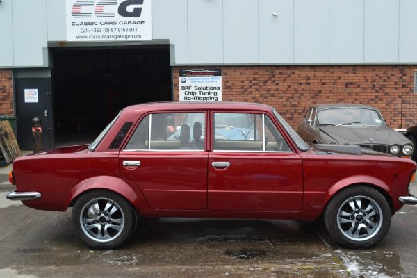 Fiat 125p with a Ford 351C V8
