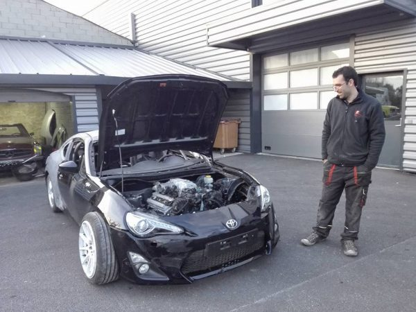 Toyota GT86 with a Turbo 1UZ V8