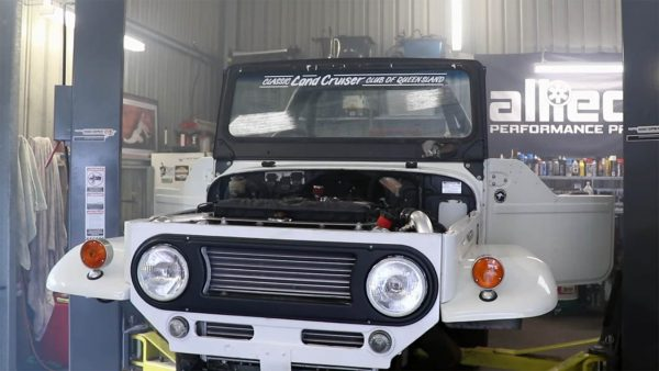 Toyota Land Cruiser with a Twin-Turbo 1GZ-FE V12