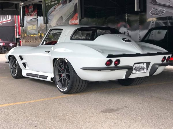1964 Corvette with a LT1 V8