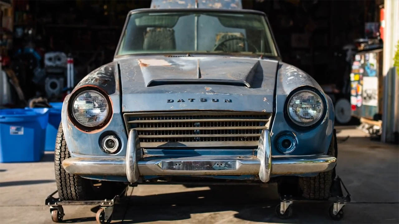 Building a Datsun 1600 Roadster with a Ford Flathead V8