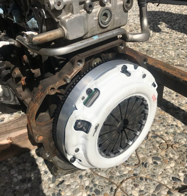 Lexus IS300 aluminum flywheel and pressure plate and Nissan SR20 clutch disc