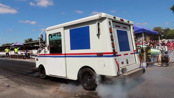Grumman LLV Mail Truck with a 6.0 L LSx V8