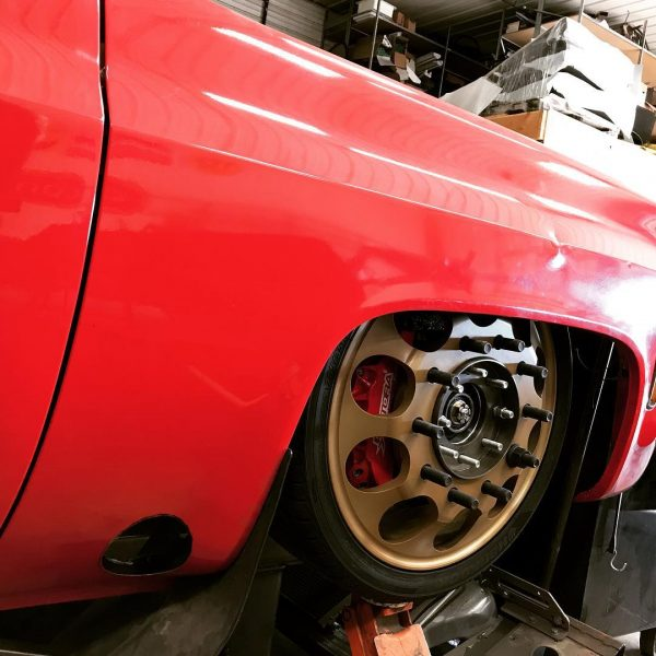 Chevy Suburban with a twin-turbo Cummins 6BT inline-six
