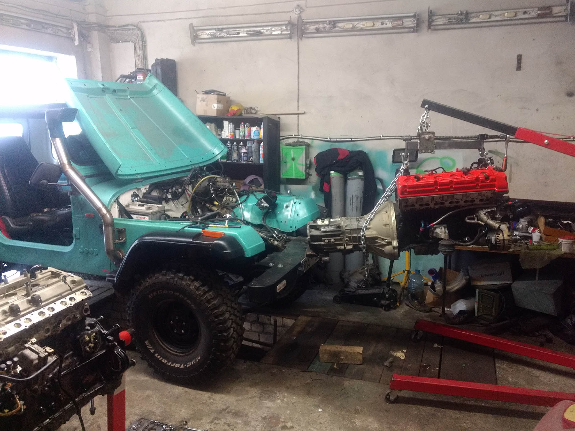 Jeep Wrangler with a Mercedes OM606 Turbo Diesel Inline-Six