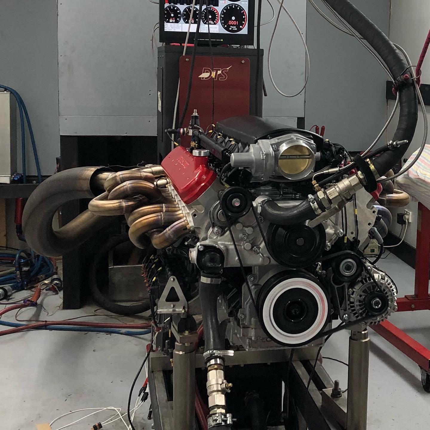 9.5 L LSx V12 on the dyno