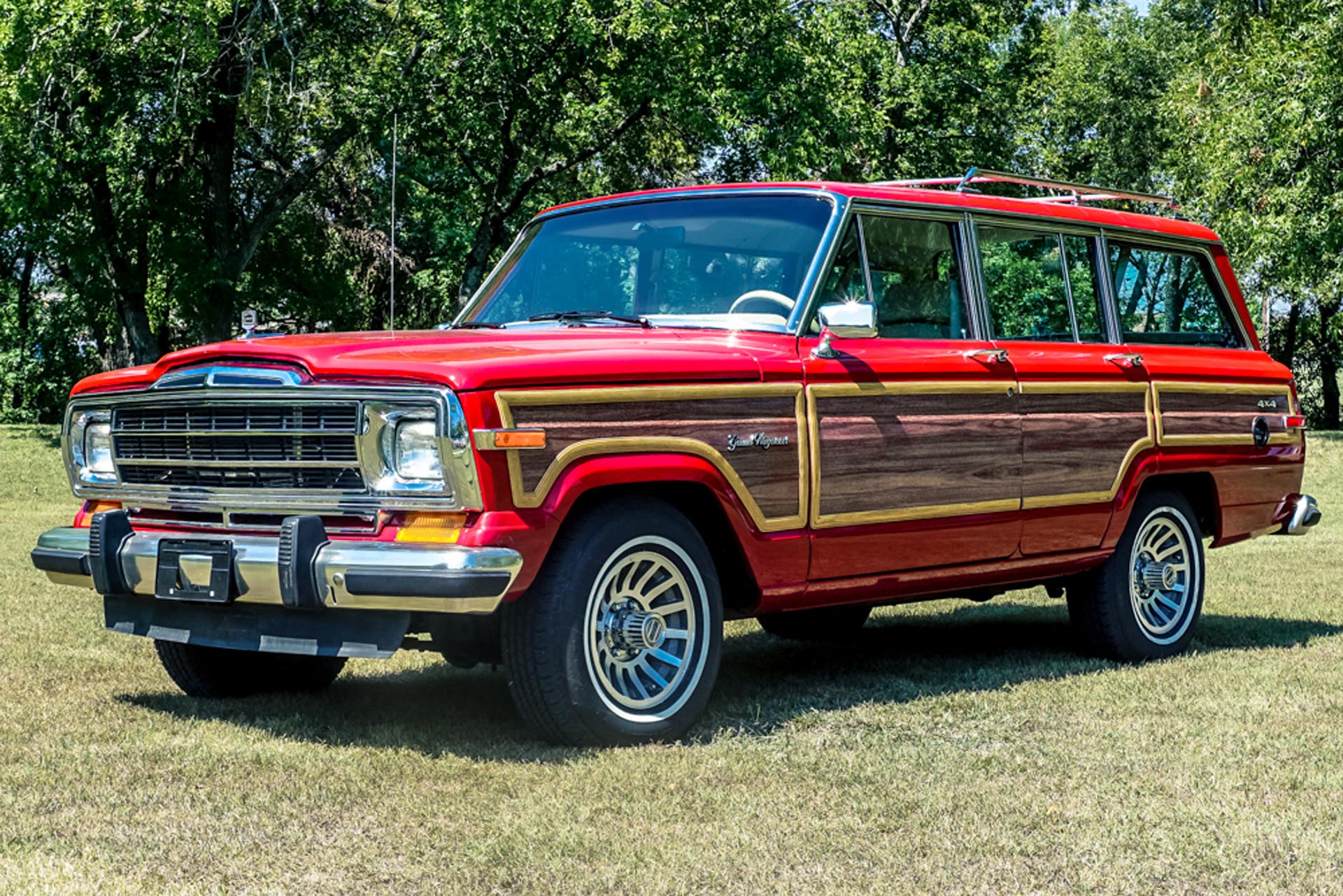 1989 Jeep Grand Wagoneer With A Supercharged Hellcat V8 Engine Swap Depot