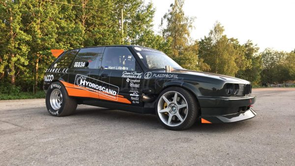 BMW E30 Wagon with a turbo M50 inline-six