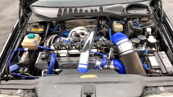 Volvo 850 T-5R with a Turbo 2.6 L Inline-Five