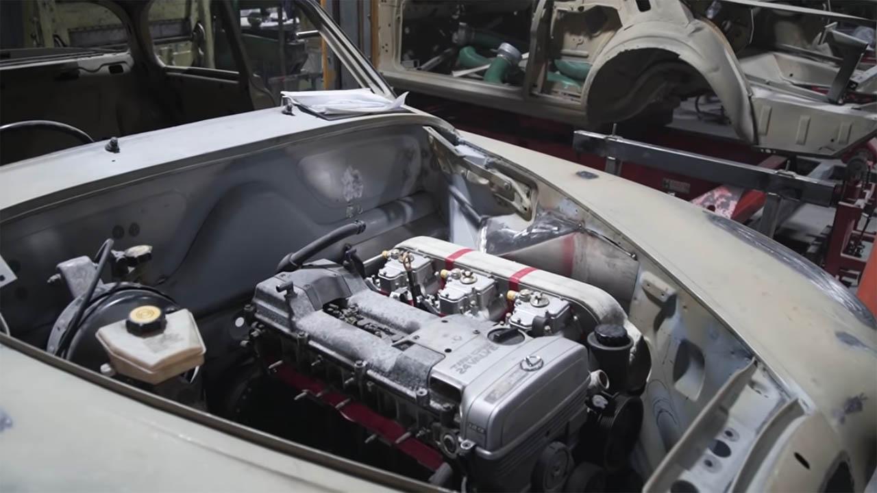 1966 Jaguar Mark 2 with a 2JZ-GE inline-six