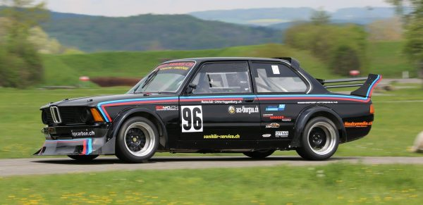 BMW E21 320i with a 2.0 L M42 inline-four