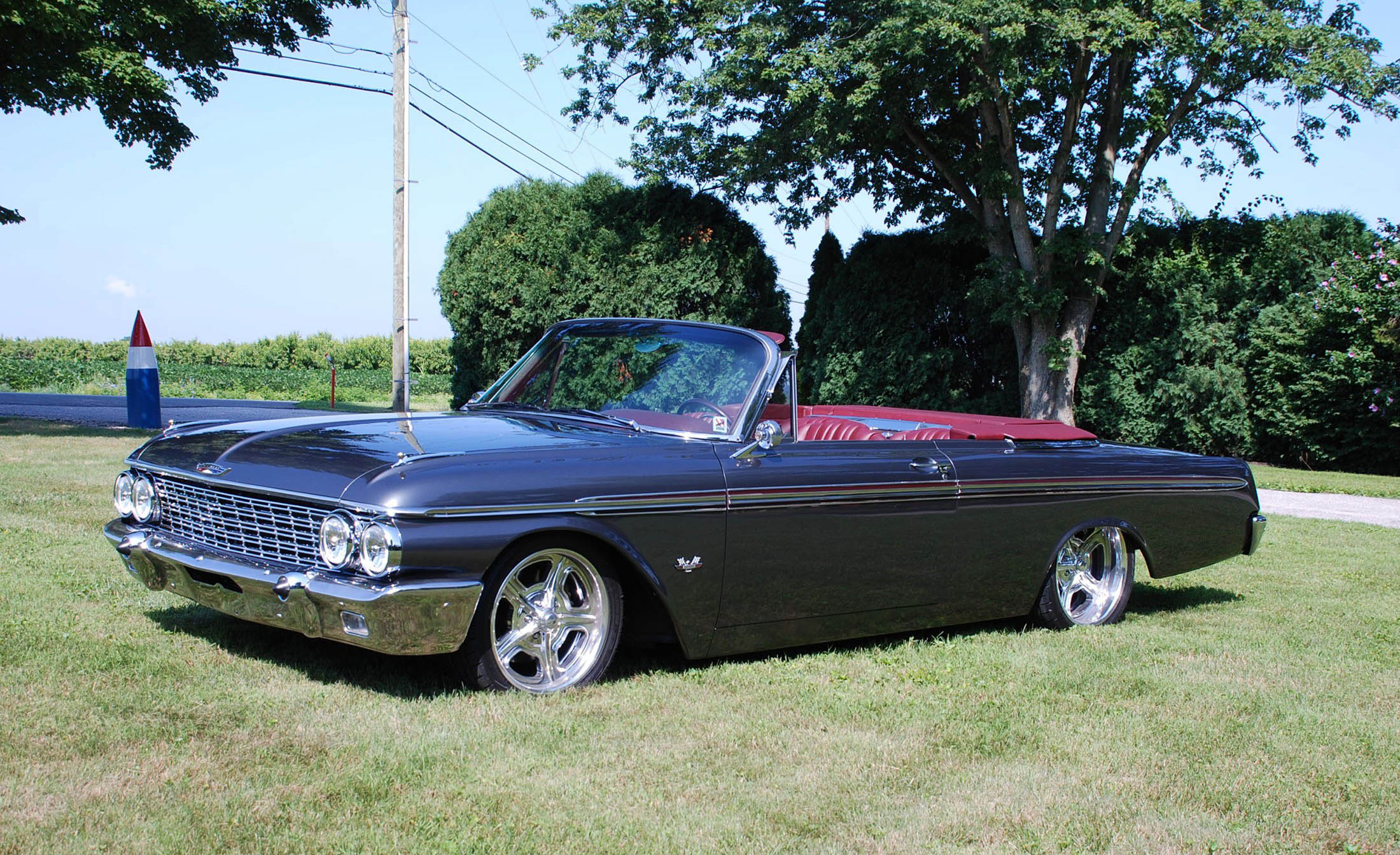 1962 Ford Galaxie 500XL with a Twin-Turbo Coyote V8
