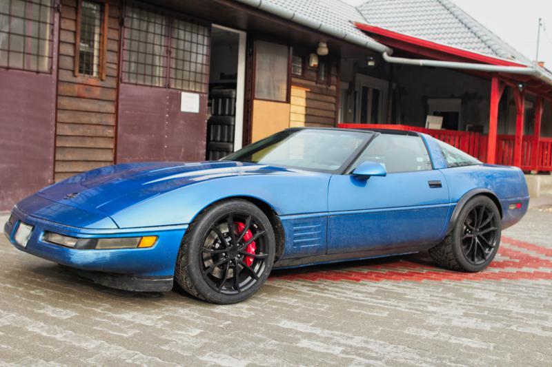 1990 Corvette with a LS7 V8