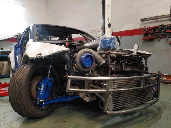 BMW 1 E82 with a Turbo V12
