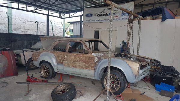 Ford Escort with a Honda K24 inline-four
