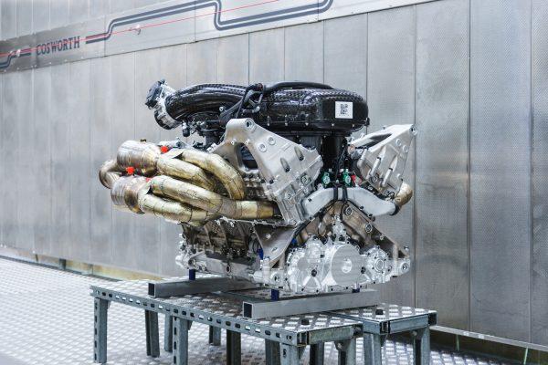 Aston Martin Valkyrie 1000 hp 6.5 L V12