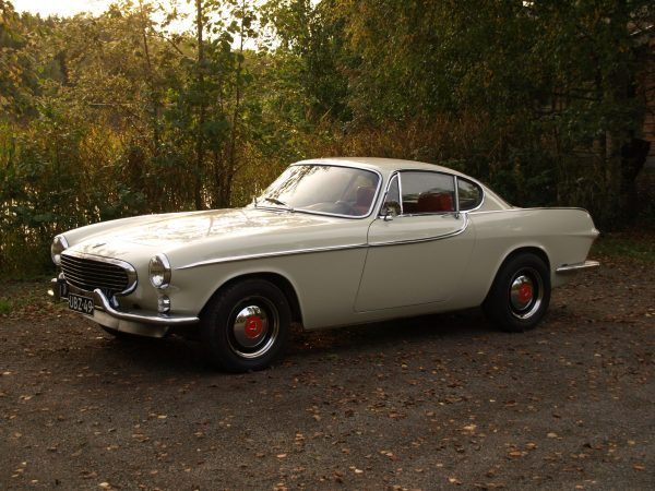 1963 Volvo P1800 with a turbo Redblock inline-four
