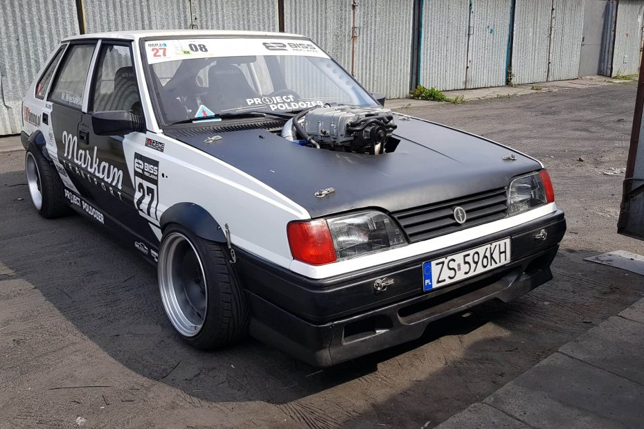 FSO Polonez with a supercharged Opel V6