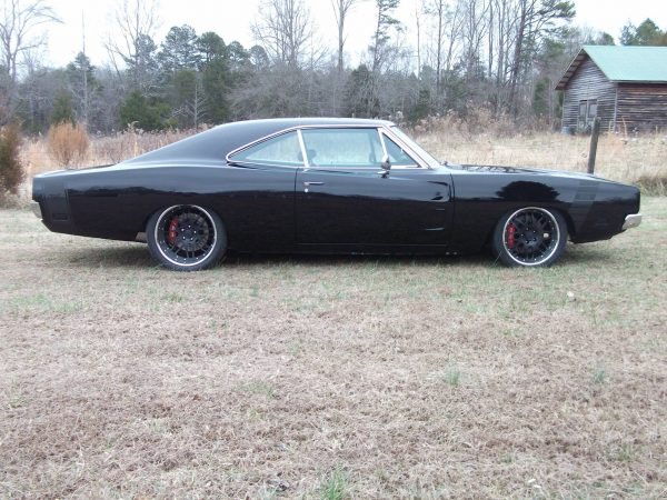 1969 Dodge Charger with a 512 ci big-block V8