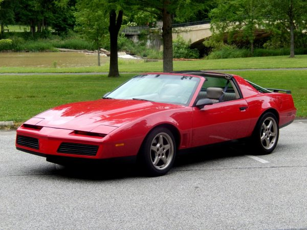 1983 Pontiac Firebird with a LS1 V8