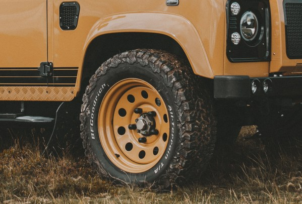 Electric 4WD Land Rover Defender