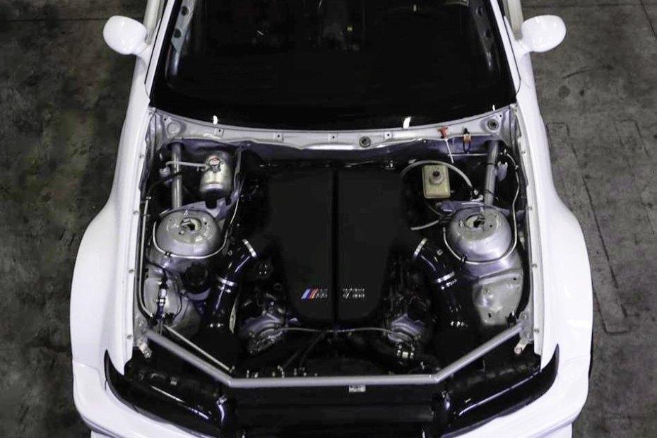 BMW E46 with a S85 V10