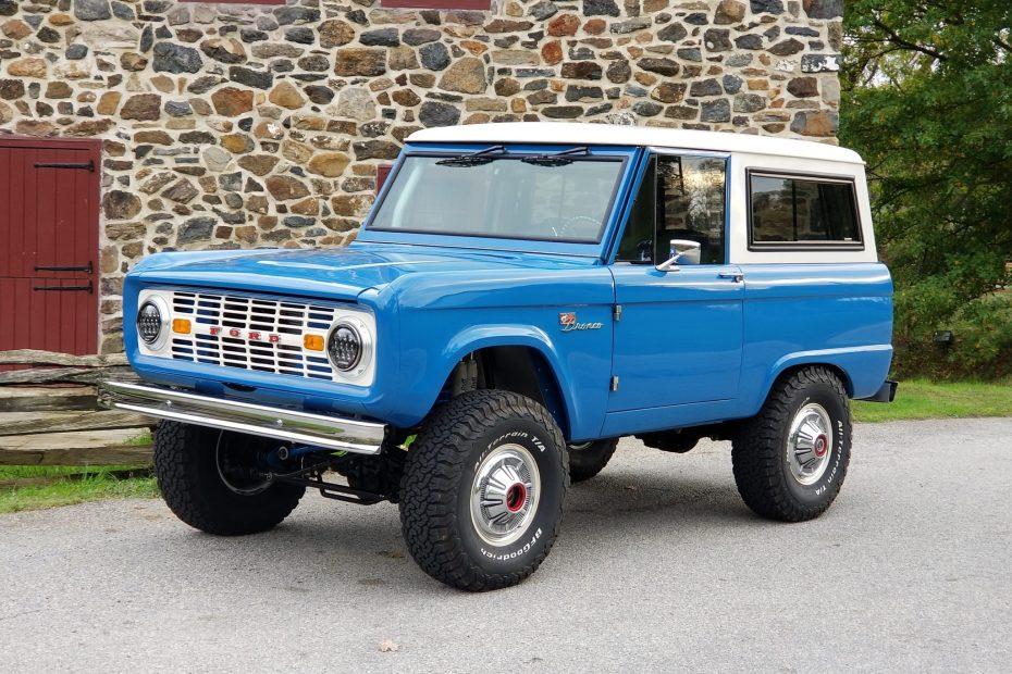 1976 Bronco with an International Harvestor 7.3 L diesel V8