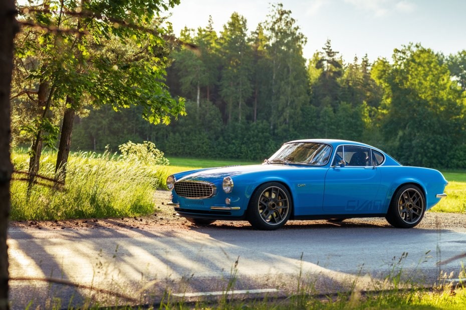 Cyan Racing Volvo P1800 with a turbo 2.0 L inline-four