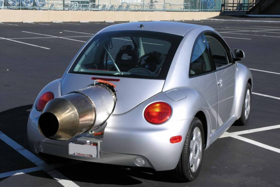 Volkswagen Beetle with a GE T58-8F turboshaft engine