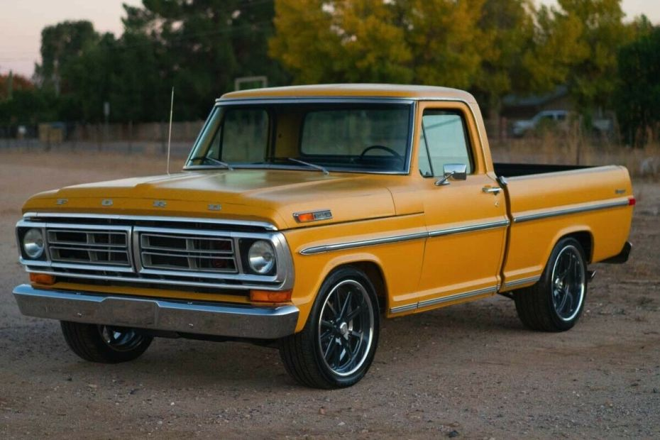 1971 Ford F-100 with a Coyote V8