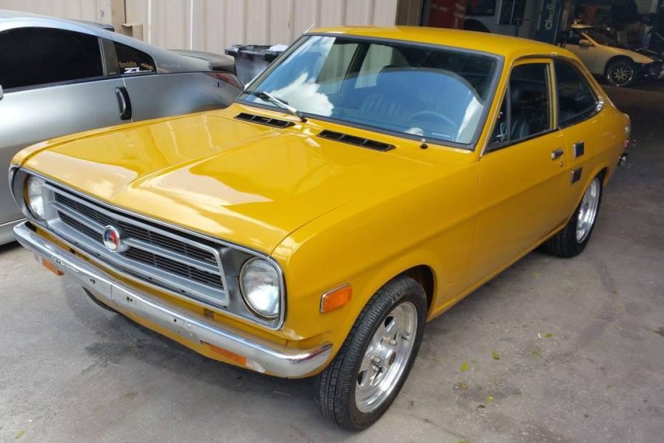 1971 Datsun 1200 with a SR20DET inline-four