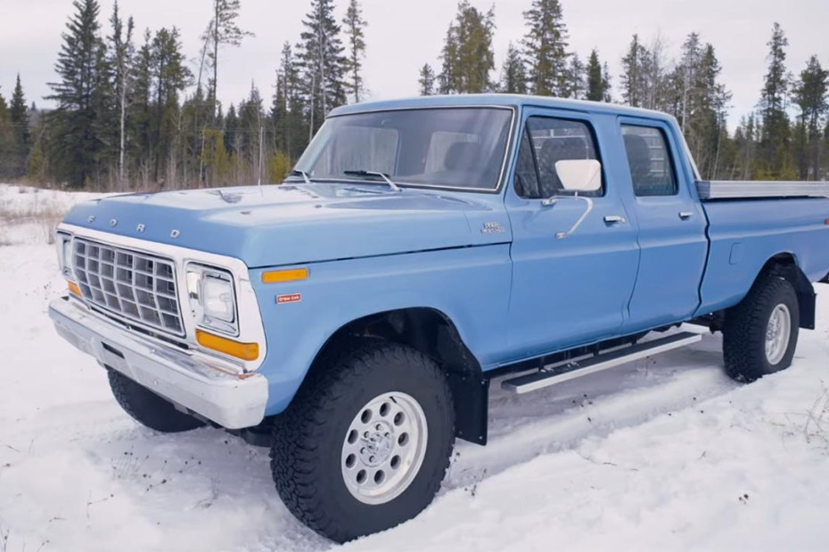 2013 Ford F-150 with a 1979 F-250 body