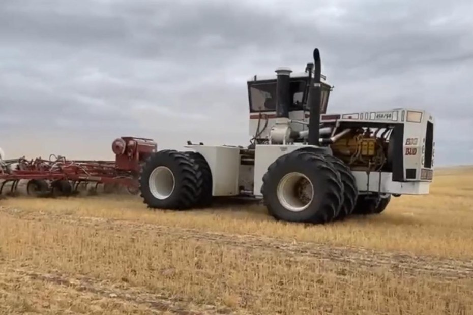 Big Bud 450/50 tractor with a 27.0 L Caterpillar V12