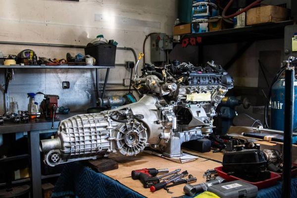 Delorean with a Twin-Turbo Hyundai V6
