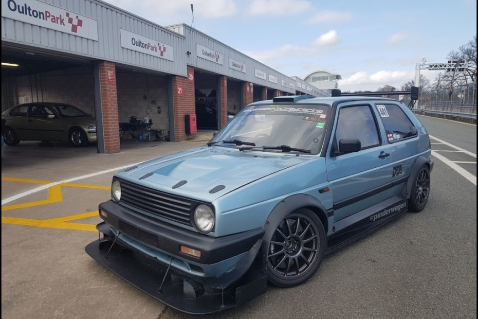 Pinderwagen Golf Mk2 with a turbo 16v inline-four