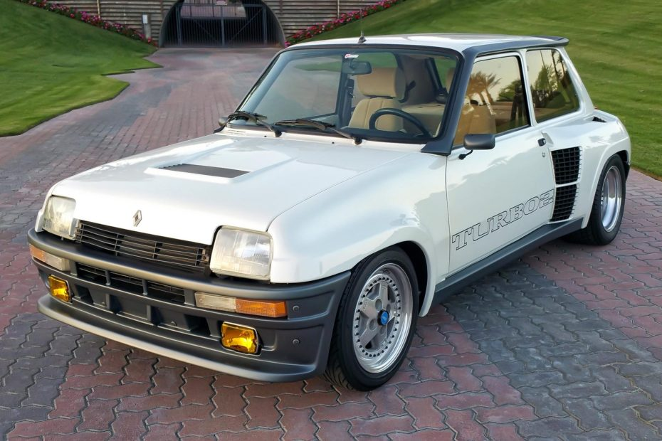 1985 Renault R5 Turbo 2 with a Mazda turbo 13B two-rotor