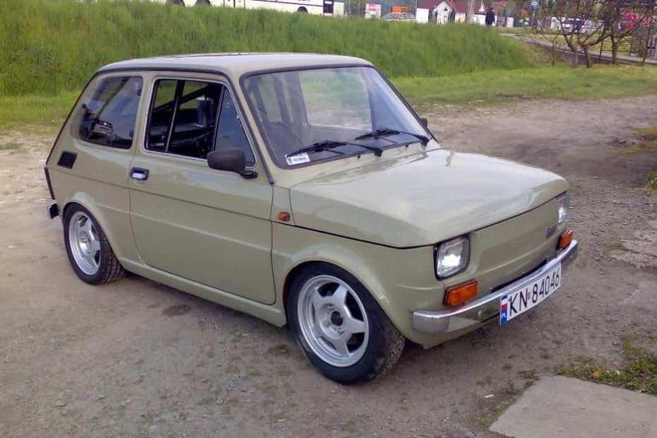 Fiat 126p with a Honda CBR1100 inline-four