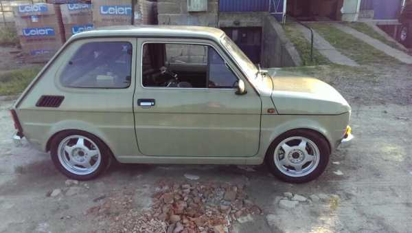 Fiat 126p with a Honda CBR1100 inline-four