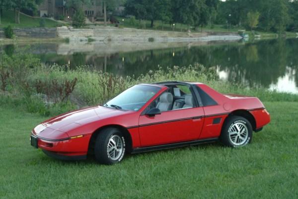 1988 Pontiac Fiero built by Schwa Motorsports
