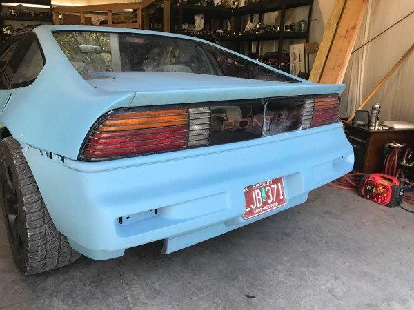 rear spoiler on a 1988 Pontiac Fiero built by Schwa Motorsports with a turbocharged VR6